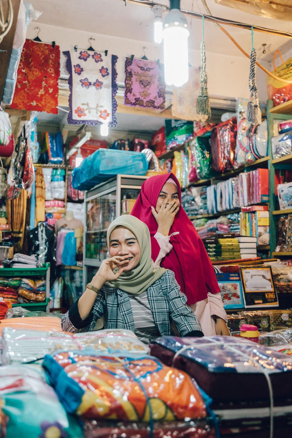 Bukittinggi market portraits