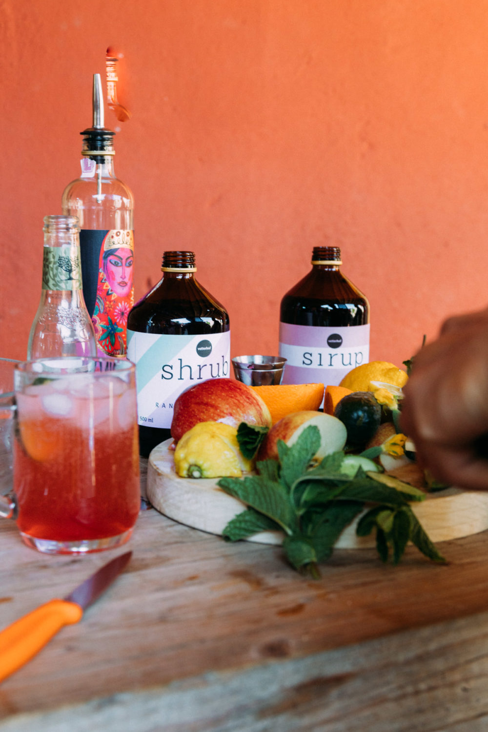 Shrub Cocktail Making of